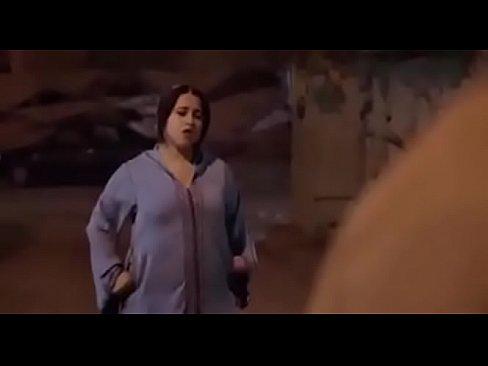 لقطة من فيلم مغريبي !! تتناك فيها البطلة