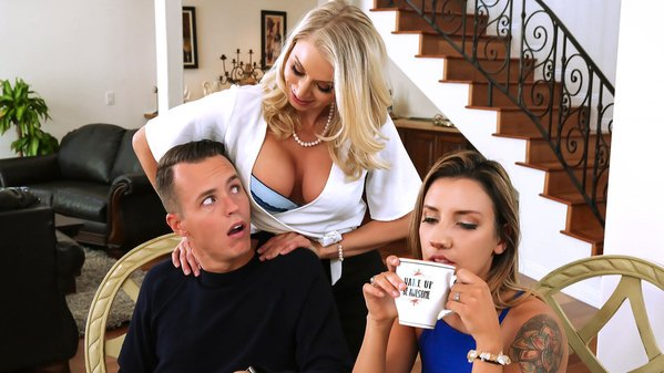 افلام افلام سكس نيك محارم ختي صدرة كبير My Sister Has Big Tits