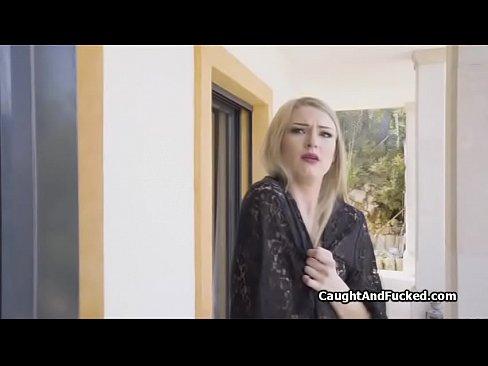 روسية جميلة تمص وتتناك بروعة !!! أحلى الفتيات