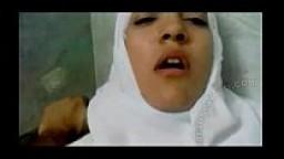 محجبة سعودية تتوجع من قوة النيك افلام سكس نيك محجبات سعودي
