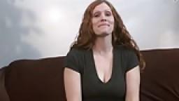 الابن المراهق ينيك امه في عيد ميلادها افلام سكس نيك محارم اجنبي نيك محارم