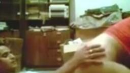 افلام سكس نيك مصري ولية كبيرة تلعب في كسها وعشيقها قد ابنها ينيكها من ورا افلام افلام سكس نيك مصرية