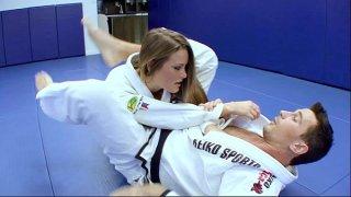 افلام نيك يدوي لمدرب الرياضة المتحرش ولمساتة الجنسية المثيرة