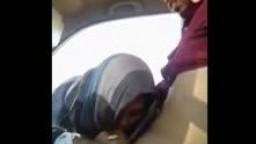 مقطع افلام سكس نيك عربي عراقية محجبة تمص زبر شاب في سيارة وينيكها بقوة افلام سكس نيك تصوير سري عربى