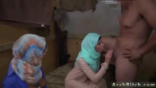 افلام سكس نيك عربى راجل ماسك مرات اخوه بعد ما اخوه خرج طلعلها شقتها وفتحتله