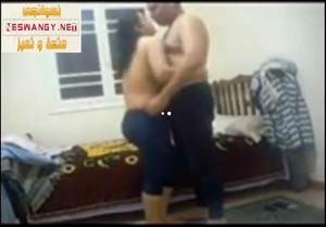 مأجر مومس وواخد حق اللى دفعهولها نياكه وفشخ فيها