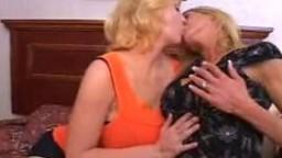 تبادل زوجات امريكي شقراوات افلام سكس نيك جماعي اجنبي