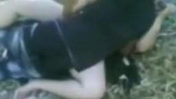 افلام سكس نيك مصري محجبة تتناك في الجنينة من واد قد ابنها وبنتها تصورهم نيك في مكان عام مصر