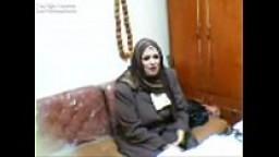 سكرتيرة مصرية محجبة المدير يتحرش بيها وينيكها افلام سكس نيك مصري